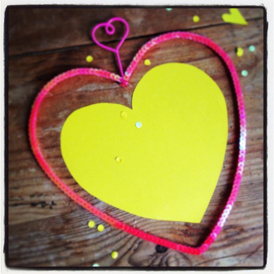 I heart yellow hearts